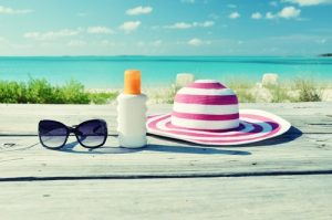 Wear-the-RIGHT-Sunglasses-for-Your-Summer-Fun